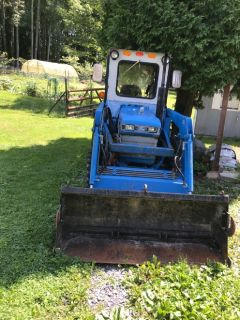 Ford New Holland  Tractor / backhoe