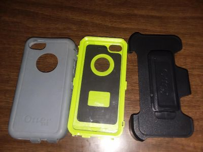 IPhone 5 Otterbox with holster