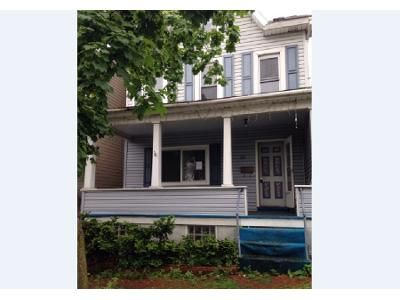 3 Bed 1 Bath Foreclosure Property in Altoona, PA 16602 - 3rd Ave