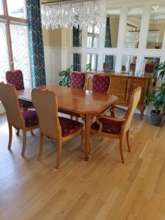 Dining room table, 6 chairs, buffet, hutch