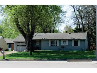2 Bed 1.5 Bath Foreclosure Property in Willmar, MN 56201 - 19th Ave SW