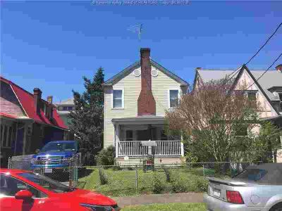 101 Glenwood Avenue CHARLESTON Three BR, Nice two-story home with