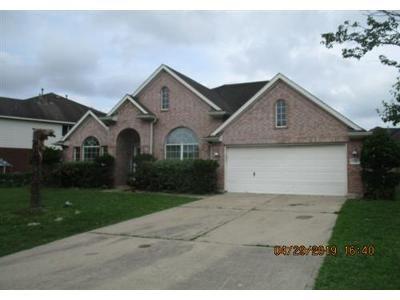3 Bed 2 Bath Foreclosure Property in Pearland, TX 77584 - Still Bay St