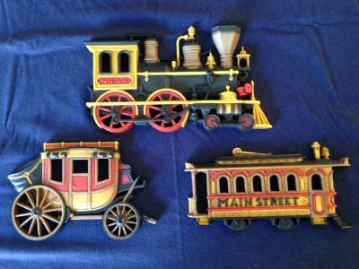 HOMCO Cast Train/Trolley/Wagon Wall Décor Classic 1971