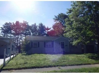 3 Bed 1.5 Bath Foreclosure Property in Rochester, NY 14626 - Rae Dr