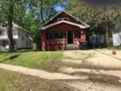 Attention INVESTORS & REHABBERS FOR QUICK SALE!!!