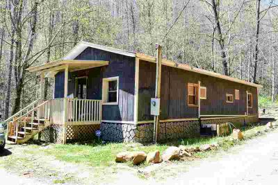 155 Linda Ln Bryson City One BR, Great first home