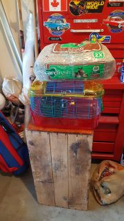 Hamster cage and mulch