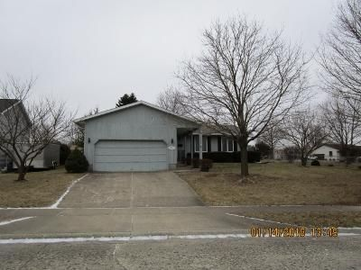 2 Bed 1.5 Bath Foreclosure Property in Decatur, IL 62521 - Candlewood Pl