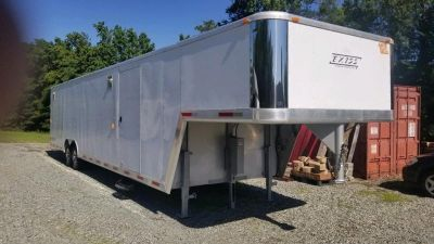 2002 USED PRE-OWNED EXISS 40 Gooseneck Enclosed Car H