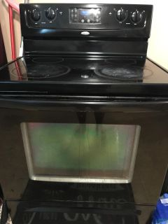 Electric stove. Good condition