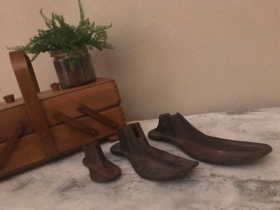 Small, medium, large antique shoe molds. Cute holding an air fern or planted with succulents!
