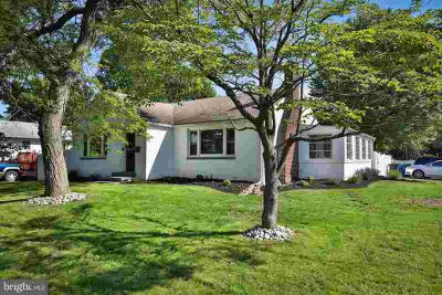 802 Fairview Ave BRISTOL Three BR, Welcome to 802 Fairview