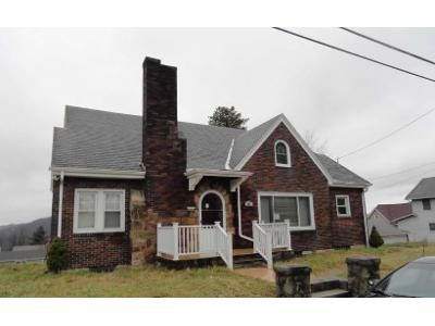 3 Bed 2 Bath Foreclosure Property in Brownsville, PA 15417 - Pearl St