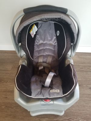 FREE Graco Snugride 35 Infant Carseat