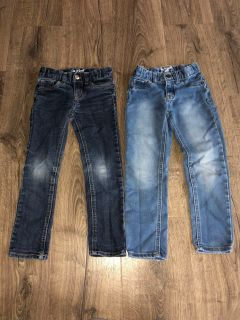 Girls size 5T Cat and Jack jeans