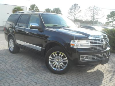 2007 Lincoln Navigator Luxury (Black)