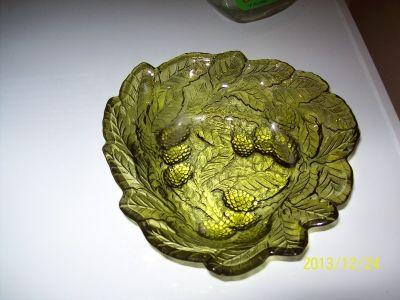 Forest Green Leaf Dish Vintage