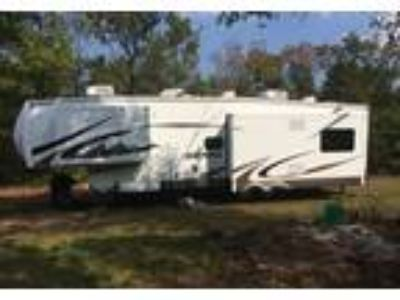 2010 Forest River Sierra 5th Wheel in lead hill, AR