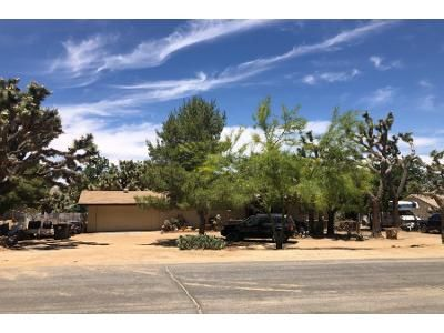 2 Bed 1.5 Bath Preforeclosure Property in Yucca Valley, CA 92284 - Desert Gold Dr