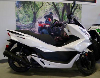 2017 Honda PCX150 250 - 500cc Scooters Bessemer, AL
