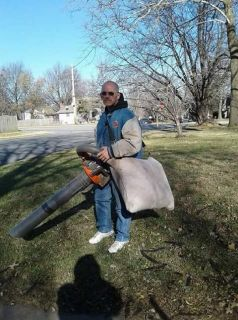 Lawn Care , mowing, trimming,leaf removal 660-525-5334