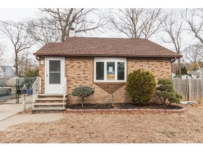 3 Bed 2 Bath Foreclosure Property in Monroe Township, NJ 08831 - Fernhead Ave