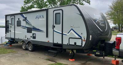 2018 Coachmen APEX 279RLSS