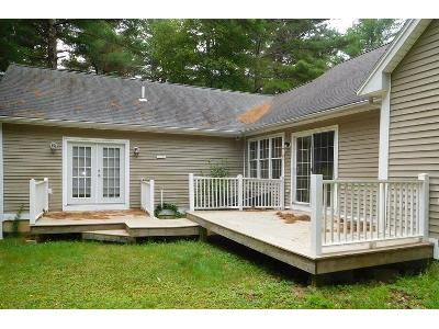 3 Bed 3 Bath Foreclosure Property in Buzzards Bay, MA 02532 - Chapin Ln