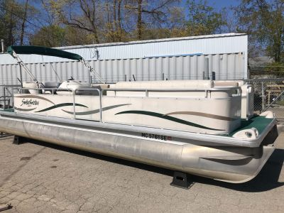 2003 Sweetwater 2423 RE Pontoon Boats Coloma, MI