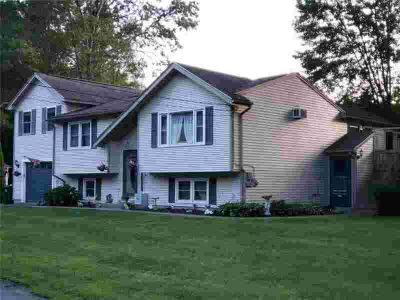 11 Hawkins St GREENVILLE, ! spectacular 3/Four BR