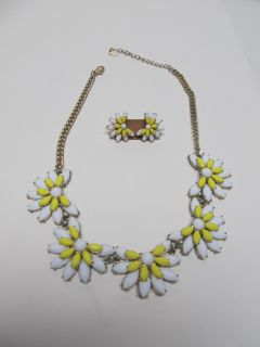 Beautiful Necklace & Earring Set $2 Both