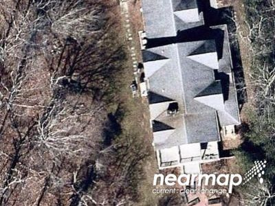 Preforeclosure Property in Southampton, NY 11968 - Edge Of Woods Rd