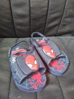 "CUTE LITTLE BOY'S ""SPIDER-MAN"" SANDALS"