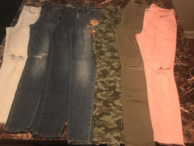 7- Womens Size 6-8 Old Navy Jeans $50 obo