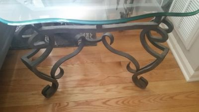 Sofa Table and 2 matching EndTables Set