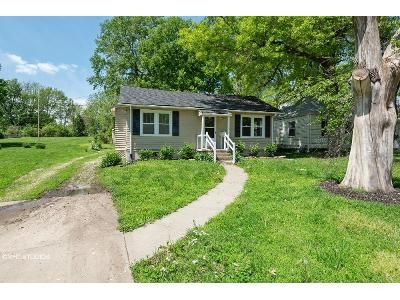 2 Bed 1 Bath Foreclosure Property in Independence, MO 64052 - Glendale Ave