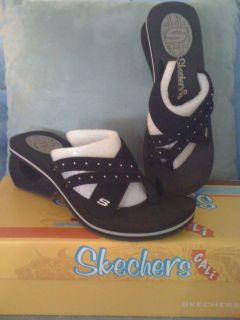 REUCED!!!New,Sz.8,Skechers Cali,Black