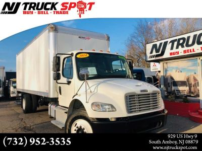 2014 Freightliner BUSINESS CLASS AIR SUSPENSION BOX TRUCK + HUGE LIFT (White)