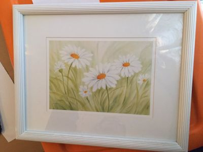 White framed daisy picture