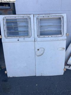 Vw bus 65-67 Cargo doors og paint