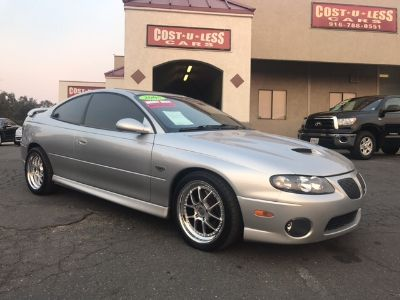 2005 Pontiac GTO Base 2dr Coupe