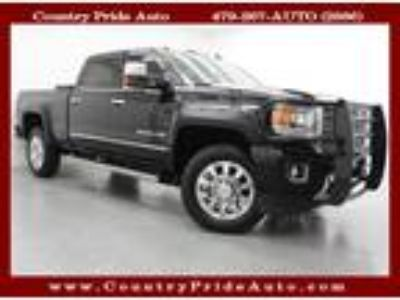 Used 2016 GMC Sierra 2500HD Denali Crew Cab 4WD w/ NAV in Farmington, AR