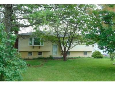 3 Bed 1.5 Bath Foreclosure Property in Warrensburg, MO 64093 - NW 21st Rd