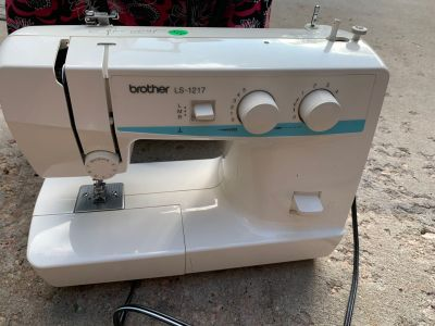 Brother sewing machineWorks great. Xp