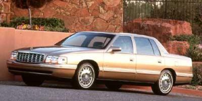 1998 Cadillac DeVille Base (Cotillion White)
