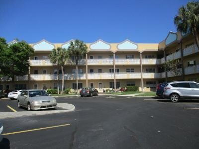 2 Bed 2 Bath Foreclosure Property in Clearwater, FL 33763 - Ecuadorian Way Apt 54