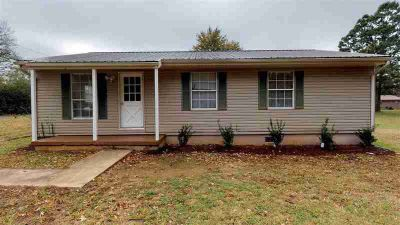 129 Alabama Street Delano Three BR, Completely remodeled ranch