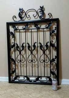 HUGE/METAL WALL DECOR.......NEW CONDITION