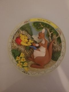 Pooh collectors plate